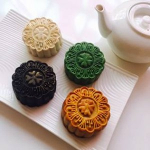 Hotel Re! Assorted Mooncakes