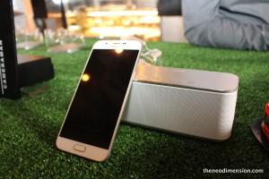 Galaxy A8 4G+
