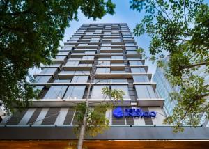 Hotel Indigo Bangkok Wireless Road (exterior)