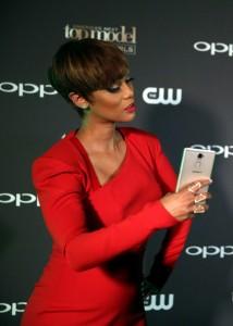 Tyra Banks Takes Selfie
